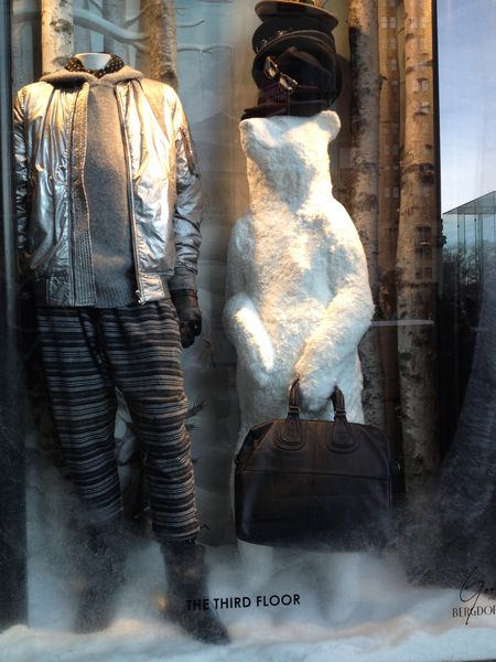 EAB DESIGNS NYC holiday windows 7