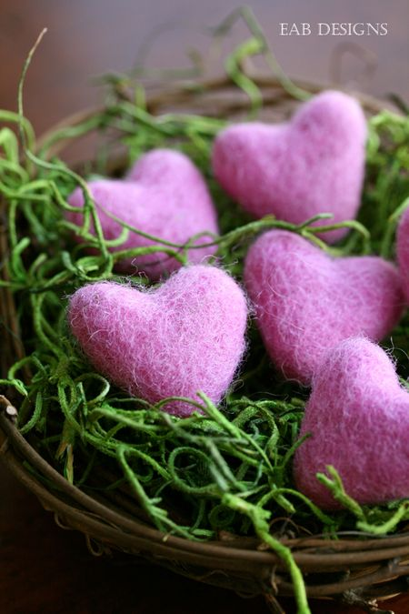 EAB-DESIGNS-felted-hearts-pink-1