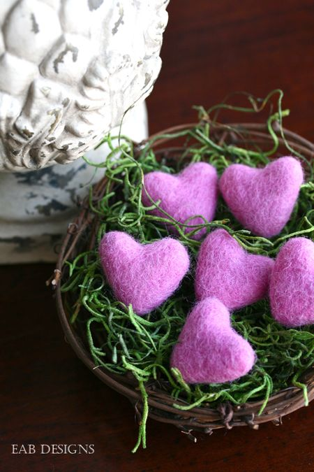 EAB-DESIGNS-felted-hearts-pink-5