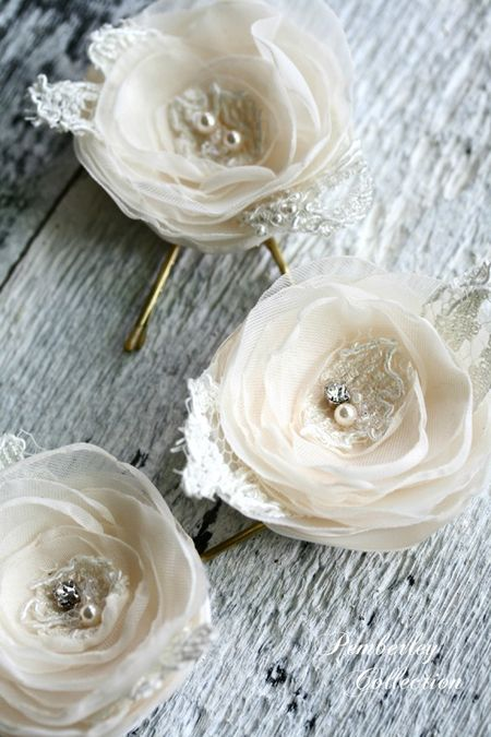 Pemberley-Collection-champagne-flowers-5